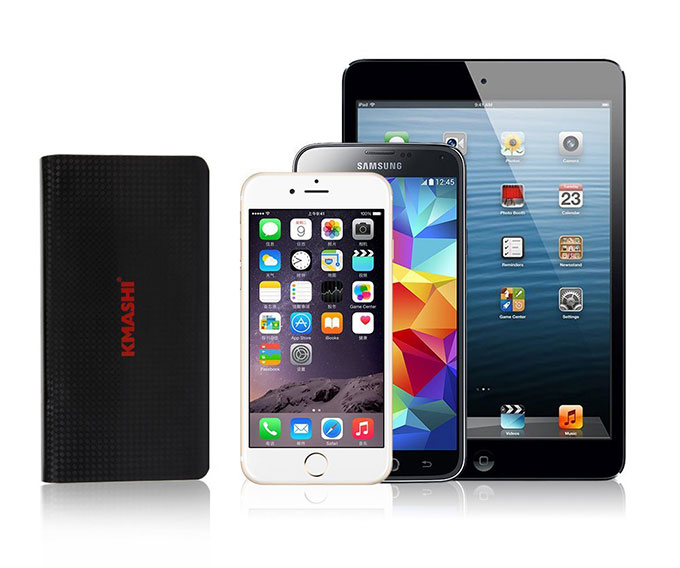 KMASHI 15000mAh Portable Power Bank size comparison